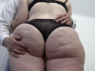 Jiggling Fat Ass 3