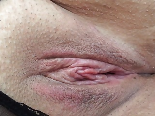 Showing my wifes nice wet pussy